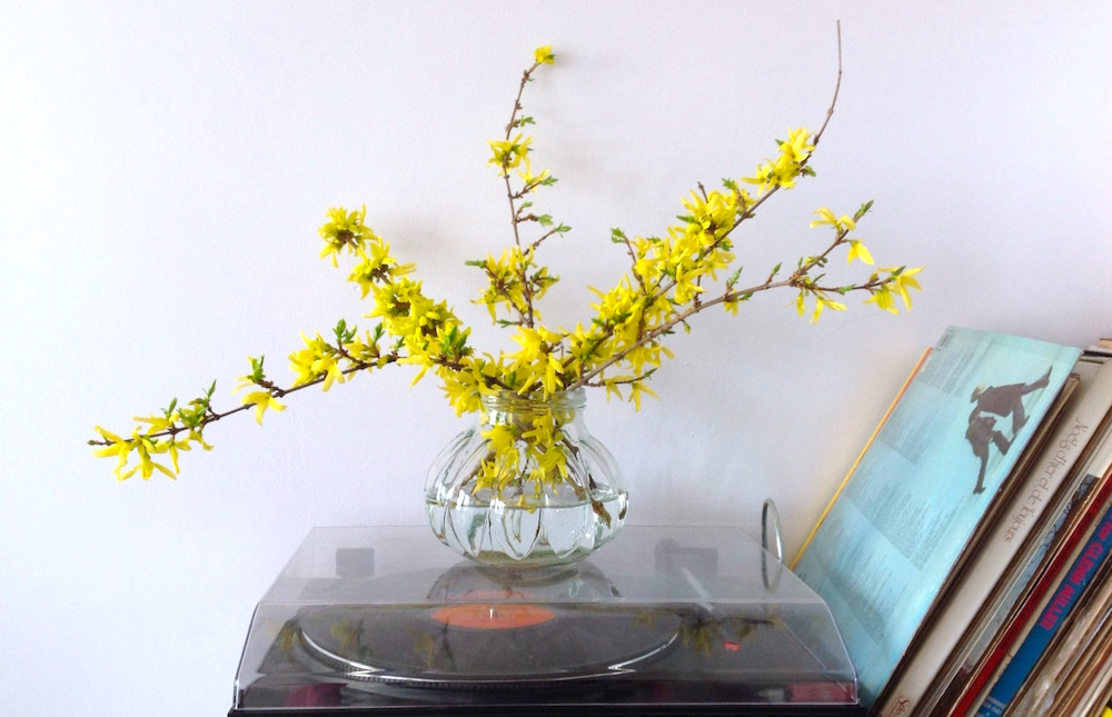 spring turntable